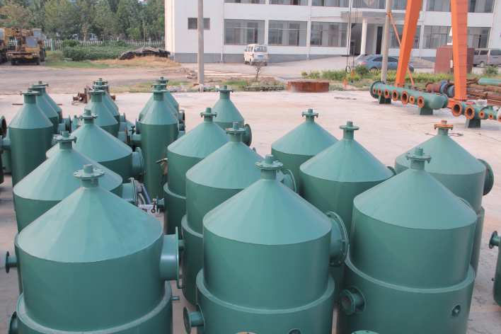 Recycling plant oil-water separator