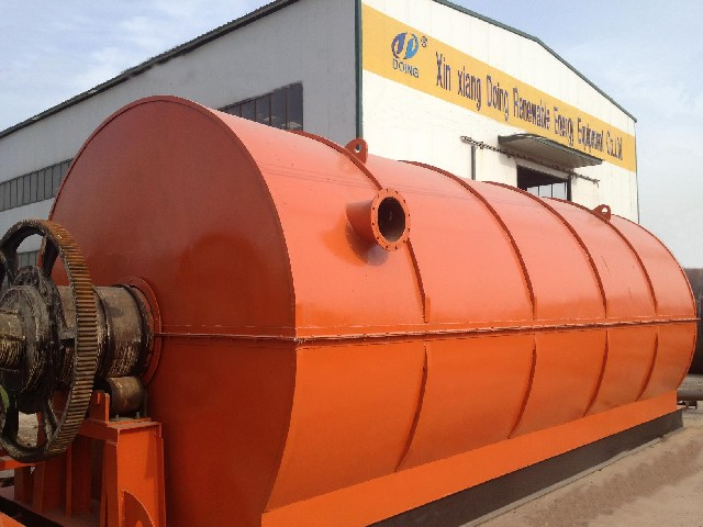 Pyrolysis tyre to oil plant