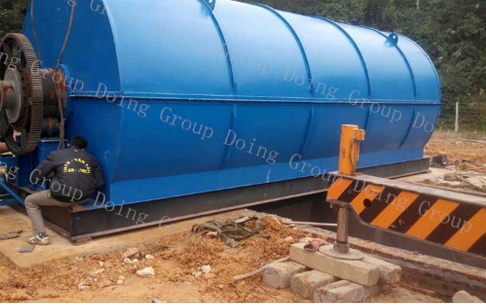 10T capacity waste tire pyrolysis plant in Vietnam