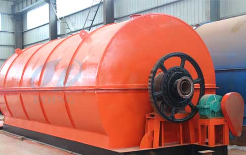 Nigeria customer buy waste tire pyrolysis plant  from Doing