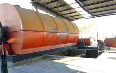 Waste tire pyrolysis oil process plant installed in Mexico and reported by local...