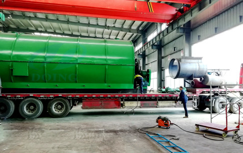 Kyrgyzstan customer's 2 sets 12T/D waste tyre pyrolysis plants shipped on June ...