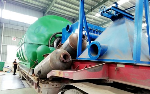 Congratulations on the delivery of 2sets 12/D scrap tyre pyrolysis plants to Heb...