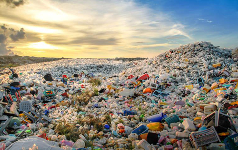 How is waste plastic bags and bottles recycled without pollution?